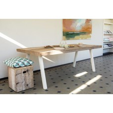 'Arendal' industriele tafel steigerhout schuine poot