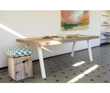 Table industrielle avec jambes inclinées