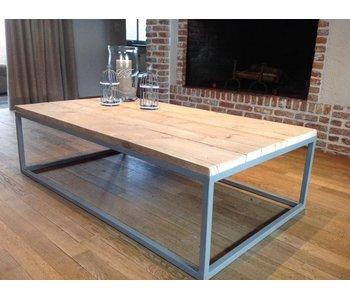 'Dalvik' industriele salontafel steigerhout/stalen onderstel gesloten