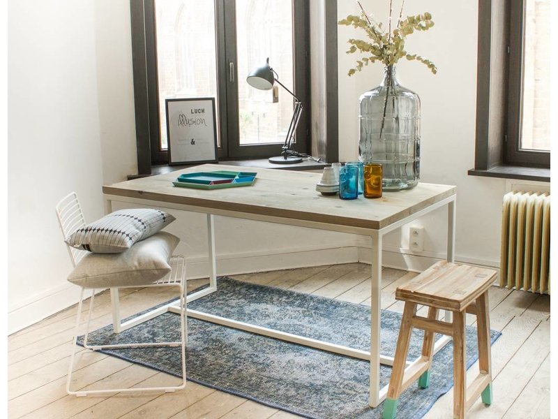 'Esbjerg' tafel oeverhout/stalen frame