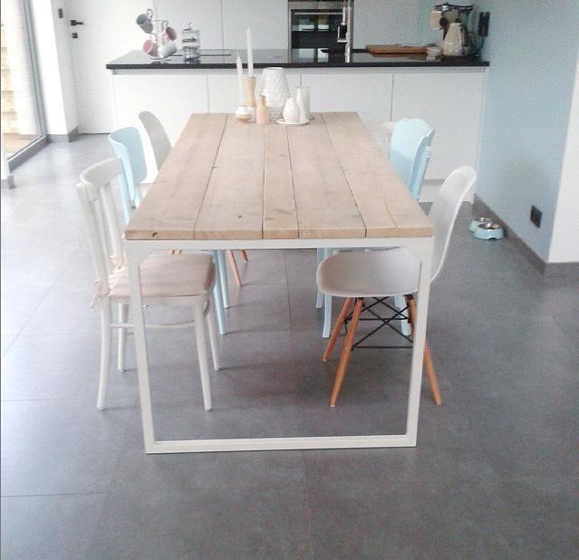 Sloophouten en steigerhouten meubelen op maat gemaakt for Stalen onderstel tafel laten maken