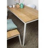 'Norberg' table en chêne/ armature en acier diagonale