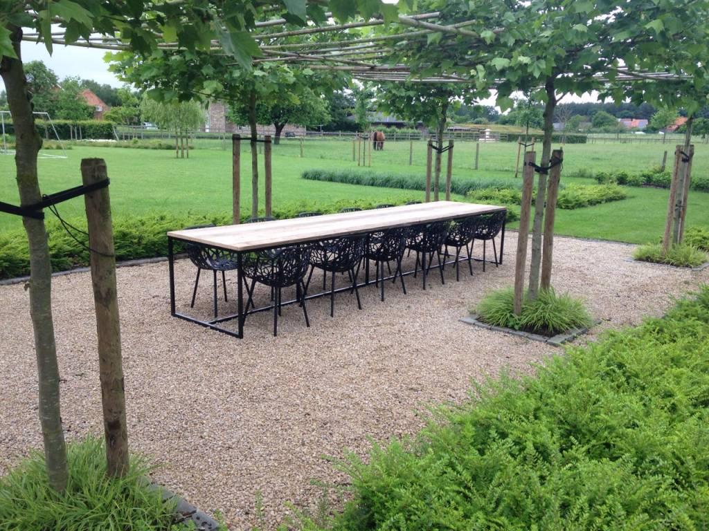 39 brandal outdoor 39 industriele tuintafel steigerhout stalen for Steigerhout tuintafel