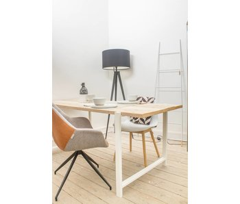 """Nordby"" Table en pin recyclé au style industriel"