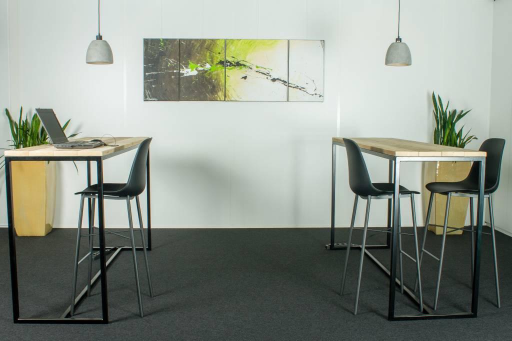 Table industrielle en bois d 39 chafaudage avec armature en - Table industrielle avec rallonge ...