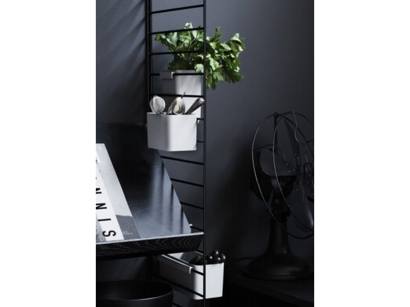 String Grid for wall Black