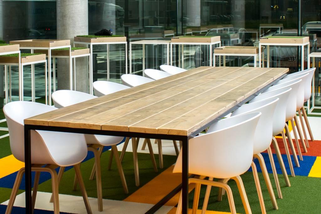 De juiste afmeting van je scandinavische tafel wij helpen for Eettafel scandinavisch