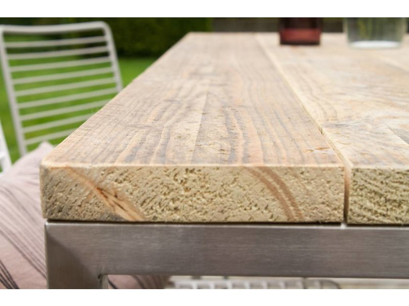 'Alta Outdoor' Industriele tafel steigerhouten blad/RVS frame