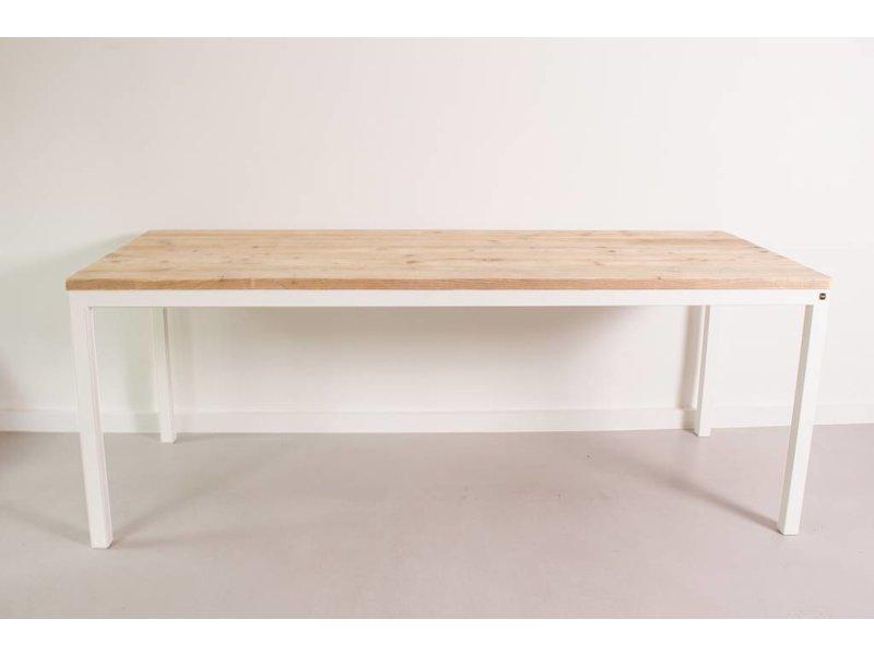 """Flora"" Table scandinave en pin recyclé"
