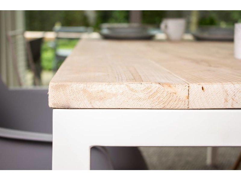 'Flora Outdoor' tuintafel steigerhout rechte poten staal