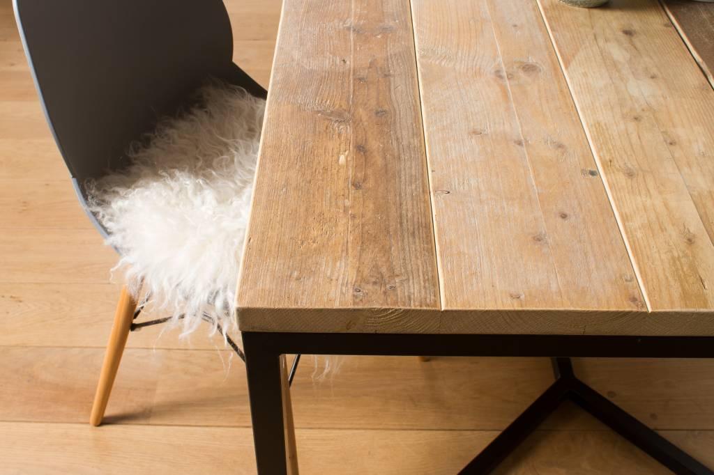 39 farstad 39 industriele tafel steigerhout stalen frame kruis for Stijgerhout tafel