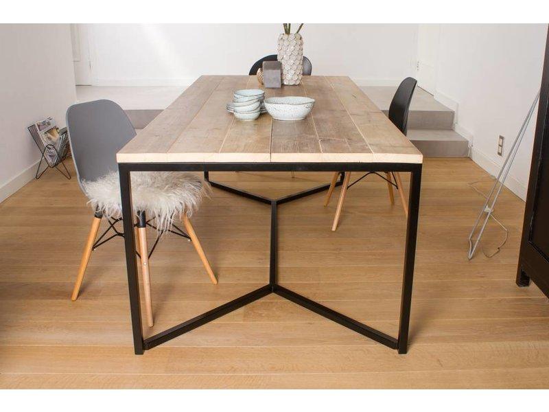 'Farstad' industriele tafel steigerhout/stalen frame kruis