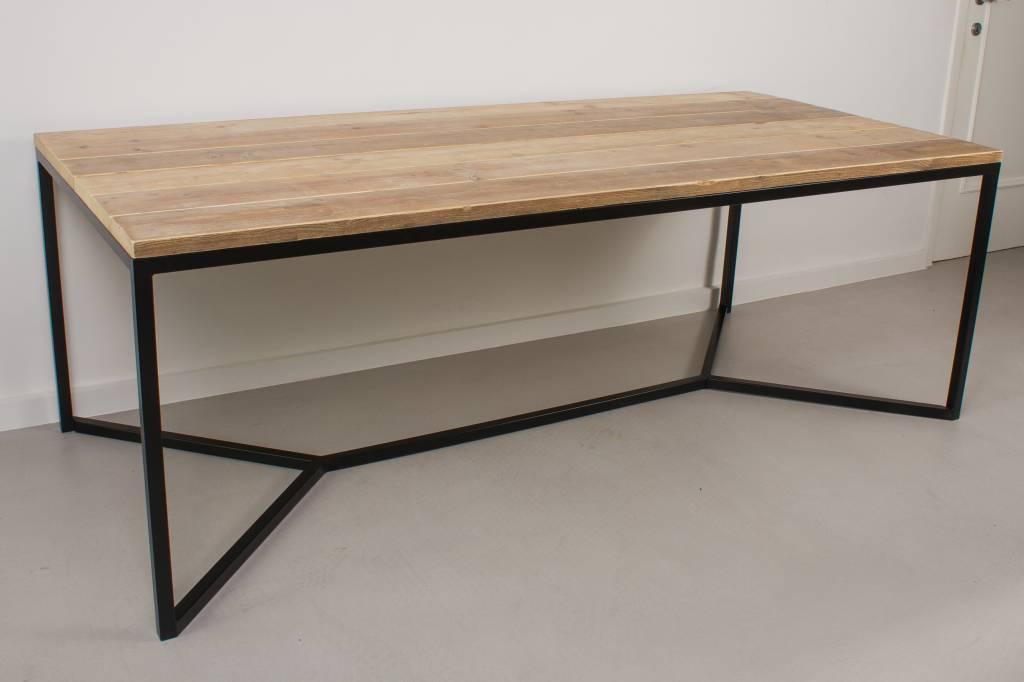 Stalen Onderstel Tafel : Farstad industriele tafel steigerhout stalen frame kruis pure