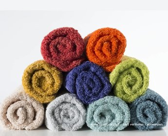 Abyss badhanddoek Super Pile 60 kleuren