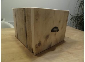 Kastlades steigerhout