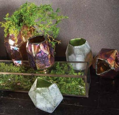 PTMD Valeria Gold vase bombey