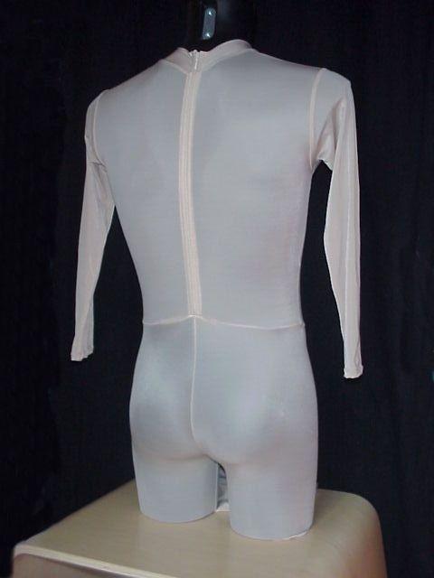 body einteiler mit hohem kragen rei verschluss hinten daviswear hier werden ihre. Black Bedroom Furniture Sets. Home Design Ideas