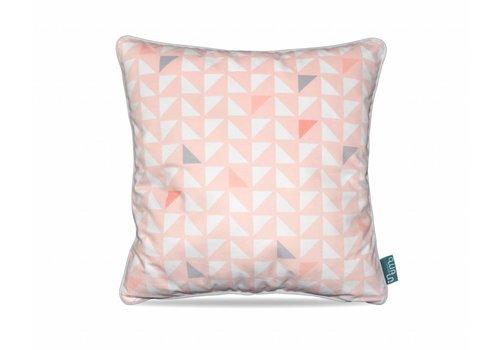 Pastel Triangle Waterfall Pink