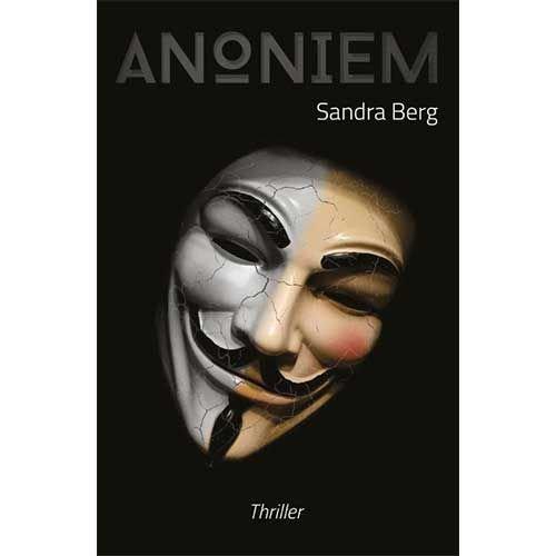 Berg, Sandra Anoniem