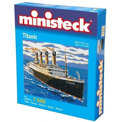 Titanic, ca. 7500 stukjes