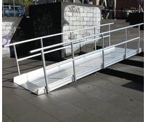 Aluminium ramp met dubbele railing - Type 102 cm breed