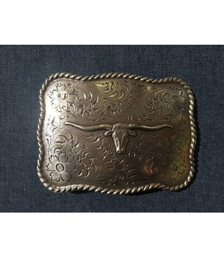 Silver colored buckle with longhorn