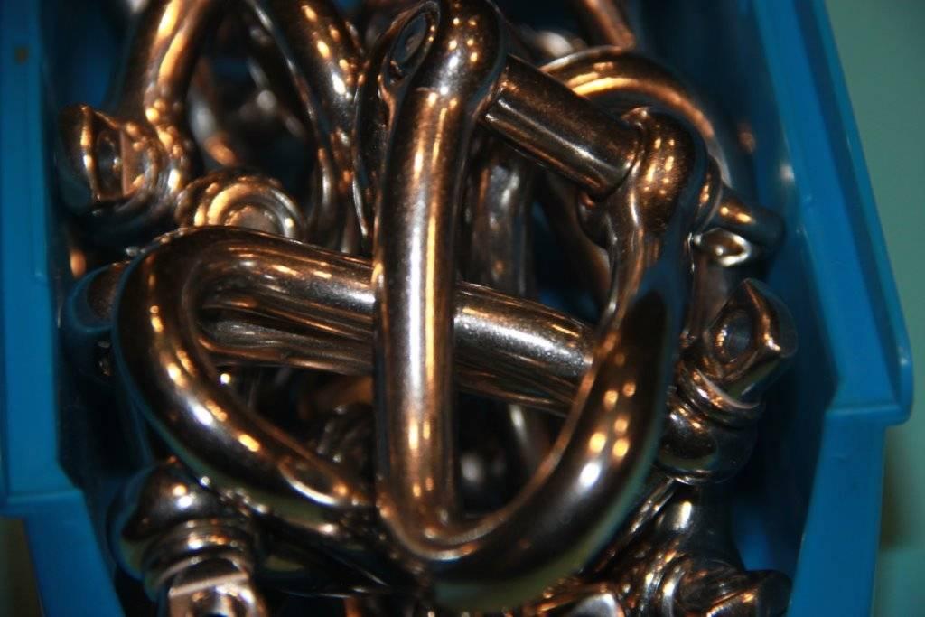 Rvs gedraaide D-sluiting met borstbout AISI-316, 5 mm t/m 12 mm.
