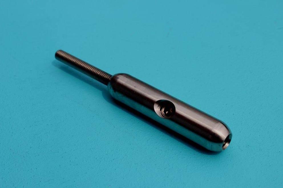 Doe het zelf terminal schroefdraad AISI-304, voor zelfmontage aan staalkabel.