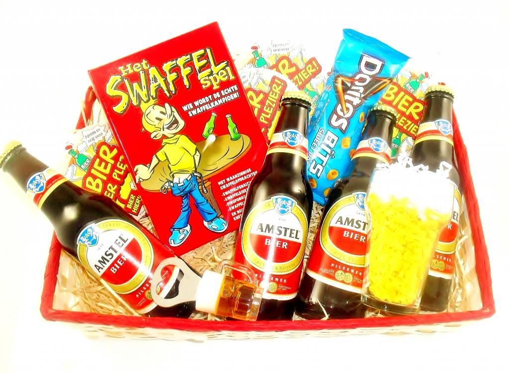 Keuken Cadeau Man : cadeau voor hem amstel mand swaffelspel cadeau voor hem amstel mand