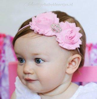 Baby haarbandje met shabby bloemen met kroon (fuchsia)