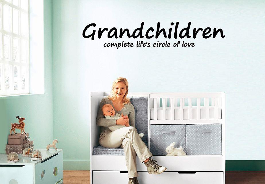 Grandchilderen complete life's circle of love Muursticker