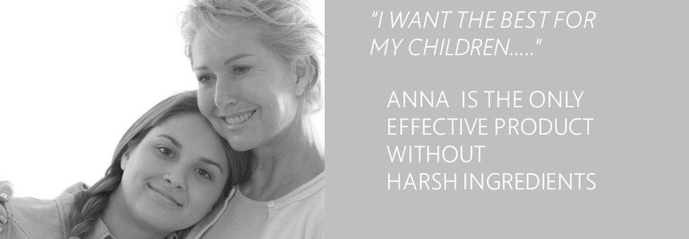 Anna ist Clear® 24/7 EMERGENCY roll-on: über Apotheken, Schönheitsspezialisten, Drogerien, Reformhäusern und unserem Online-Shop erhältlich.