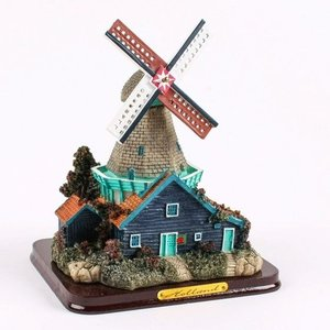 Typisch Hollands Windmühlen-Landschaft (groß)