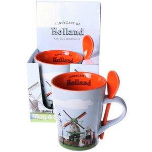Typisch Hollands Mug with Spoon - Holland landscape