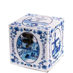 Typisch Hollands Houten bewaarkistje - Delfts blauw