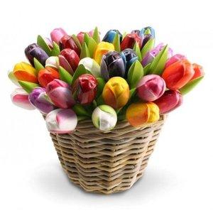 Typisch Hollands 50 Houten - Tulpen in een rieten mand
