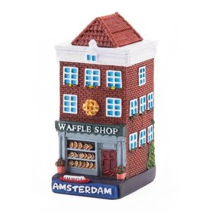 Typisch Hollands Geveluisje Waffle shop Amsterdam
