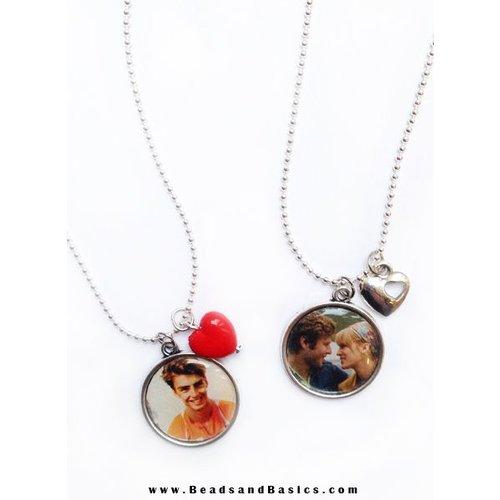 Photo Necklace Making