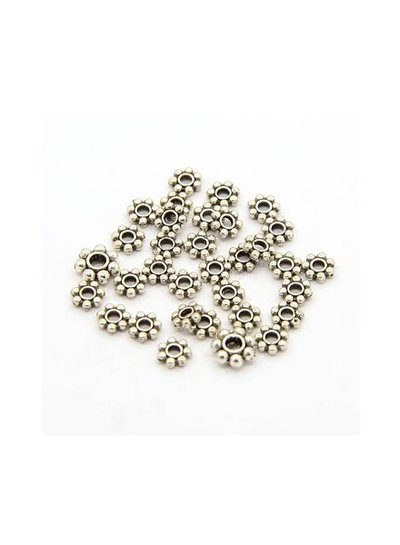 Spacer Beads Flower Silver 4mm, 25 pieces