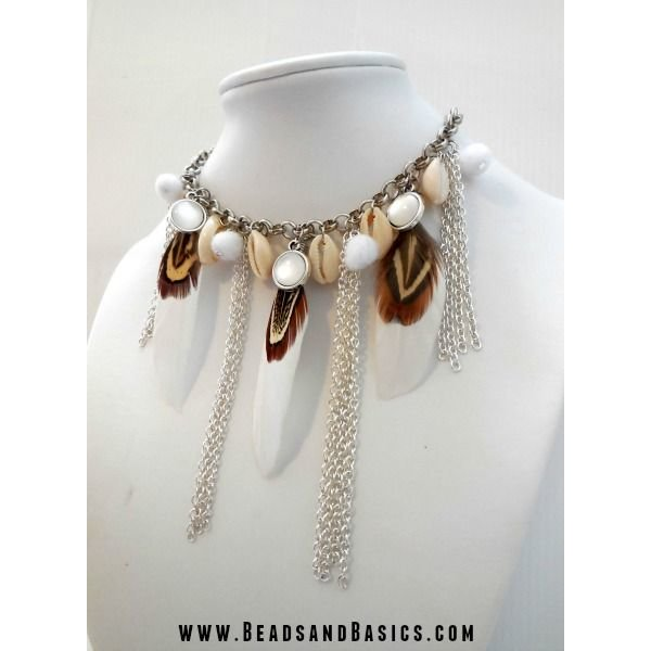 White feathers Necklace