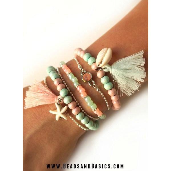 Armbandjes in Mint en Roze