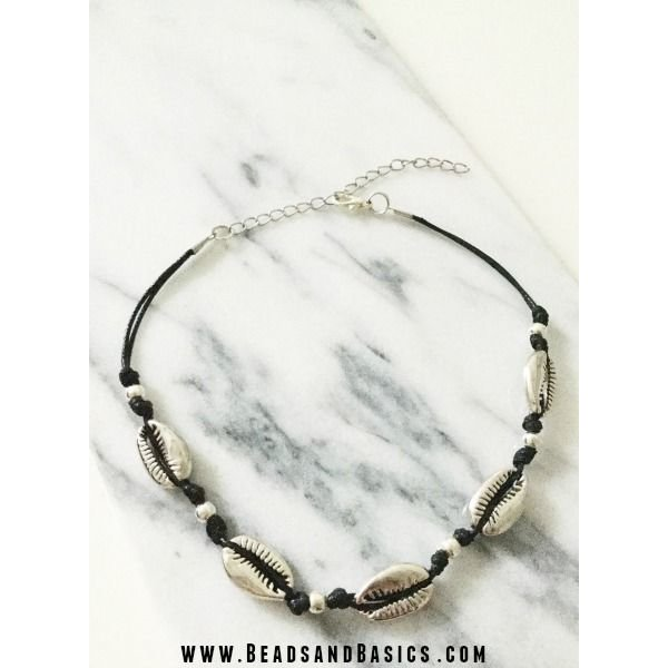 Choker Necklace With Shells Self-Making
