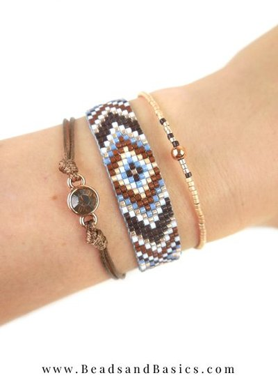 A self Miyuki Bracelet Making Blue With Brown