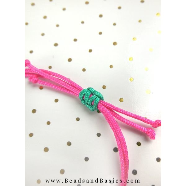 Make A Bracelet With Slidable Button