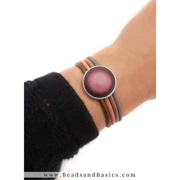 Bracelet With 4 Colors leather And Mesh Closure