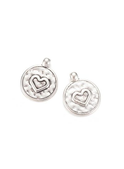 Round Charm with Heart Shows 20x16mm