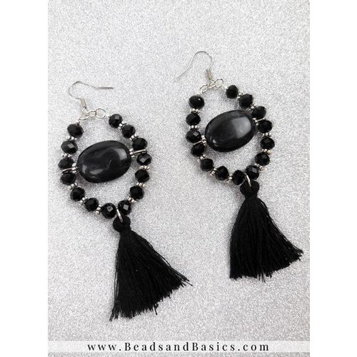 Trendy Earrings With Tights - Black