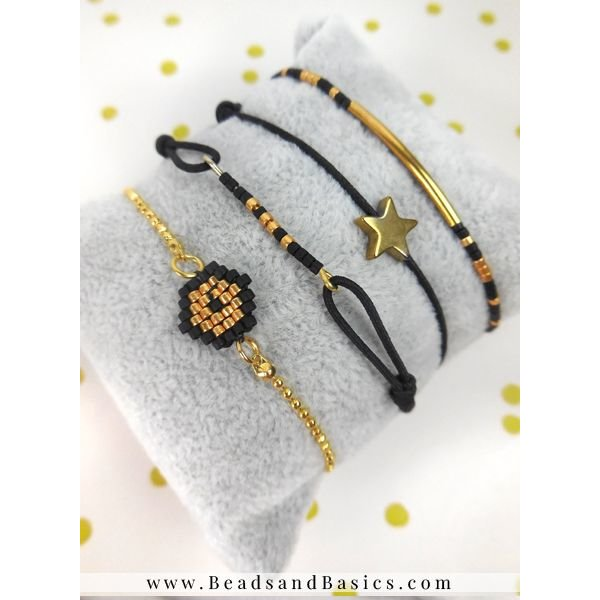 Make Festive Bracelets