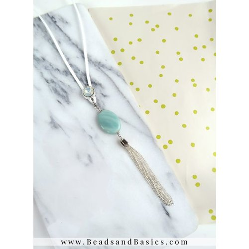 Necklace Of Suede With Beads - White With Turquoise