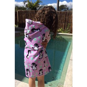 Back Beach Co Kinderbadjas Pink Penguin